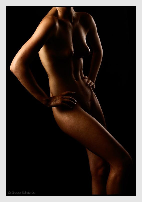 "photo ""S"" tags: nude,"