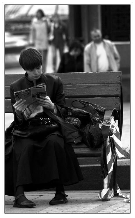 """photo """"..."""" tags: black&white, genre,"""