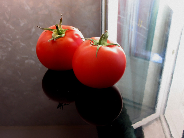 "photo ""Glamour tomatoes"" tags: misc., still life,"