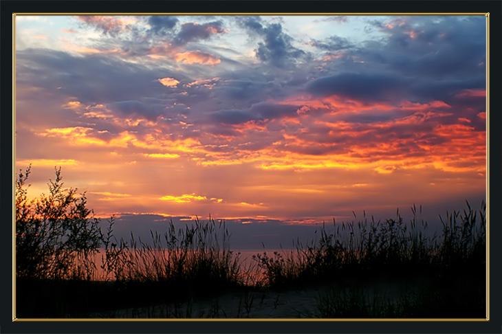 "photo ""Last minutes..."" tags: landscape, sunset"
