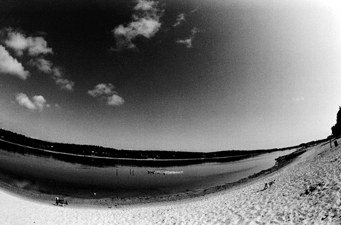 "photo ""northern beach"" tags: black&white, genre,"