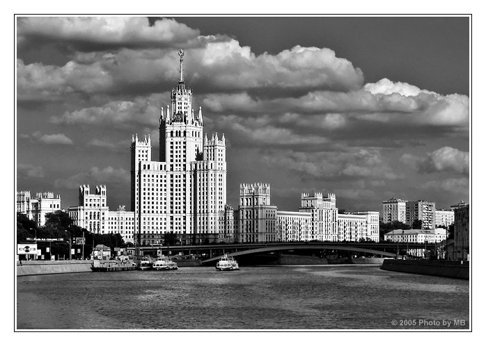 "photo ""Moscow Etude (3)"" tags: black&white, architecture, landscape,"