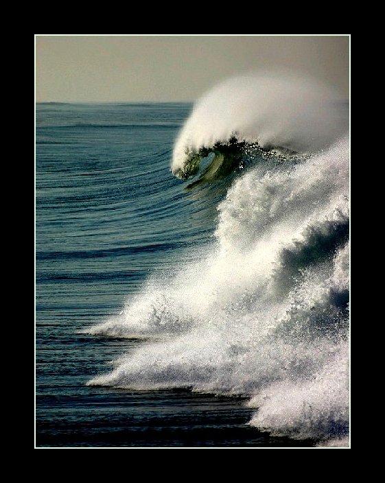 "фото ""Strong wave"" метки: пейзаж, вода"