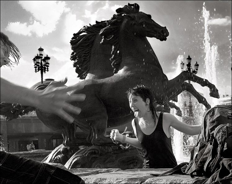 "фото ""Купание с бронзовыми конями"" метки: жанр, черно-белые,"
