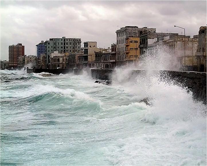 "фото ""el malecon de habana"" метки: пейзаж, вода"