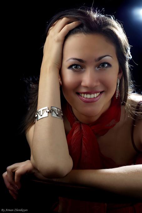 """photo """"Smile"""" tags: portrait, woman"""