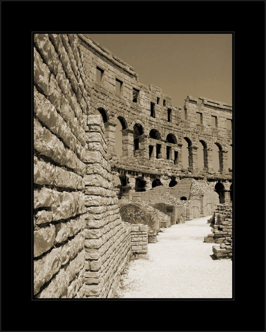 "photo ""Coliseum"" tags: ,"