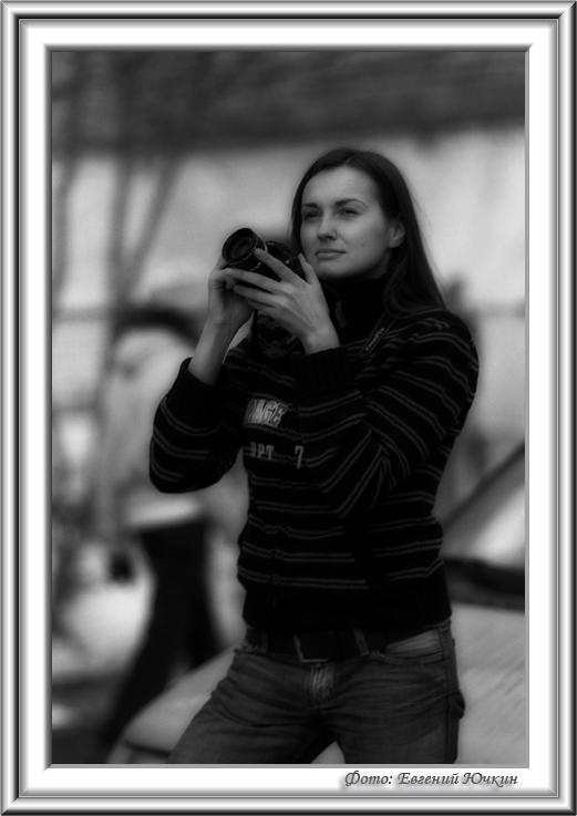 "photo ""Stop an instant"" tags: portrait, black&white, woman"
