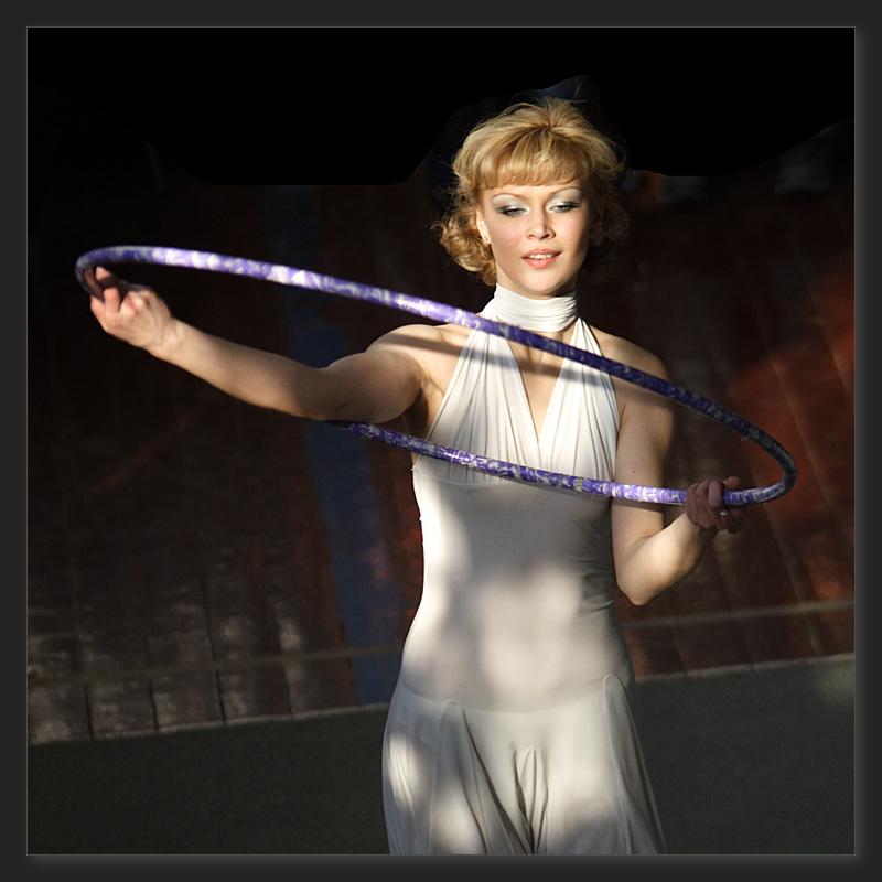 "photo ""Interesting light"" tags: portrait, sport, woman"