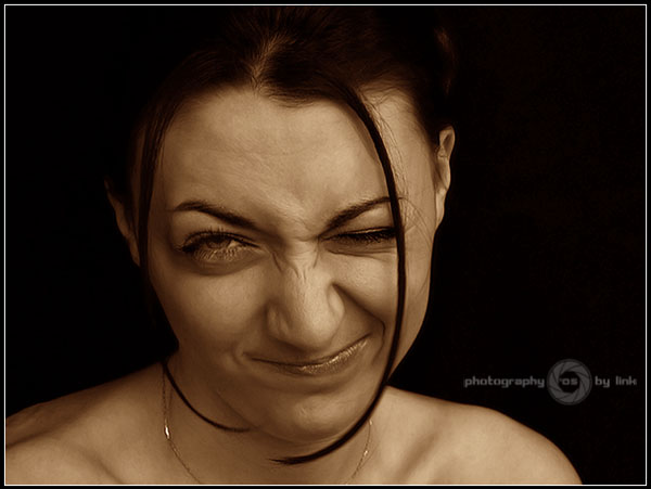 """photo """"***"""" tags: portrait, woman"""
