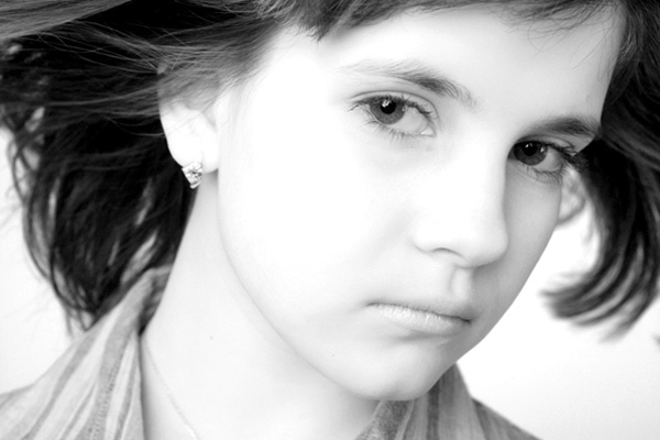 "photo ""Serious and young"" tags: portrait, black&white,"