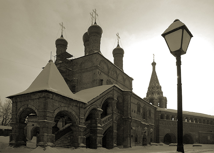 "photo ""moscow/oldtime"" tags: architecture, black&white, landscape,"