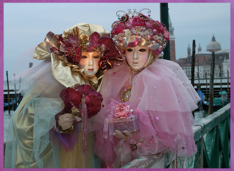 "photo ""carneval"" tags: travel, Europe"