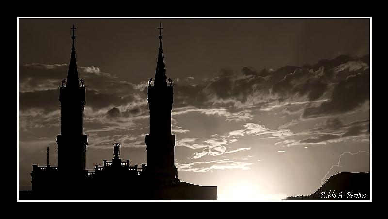 """photo """"xxx"""" tags: landscape, sunset"""