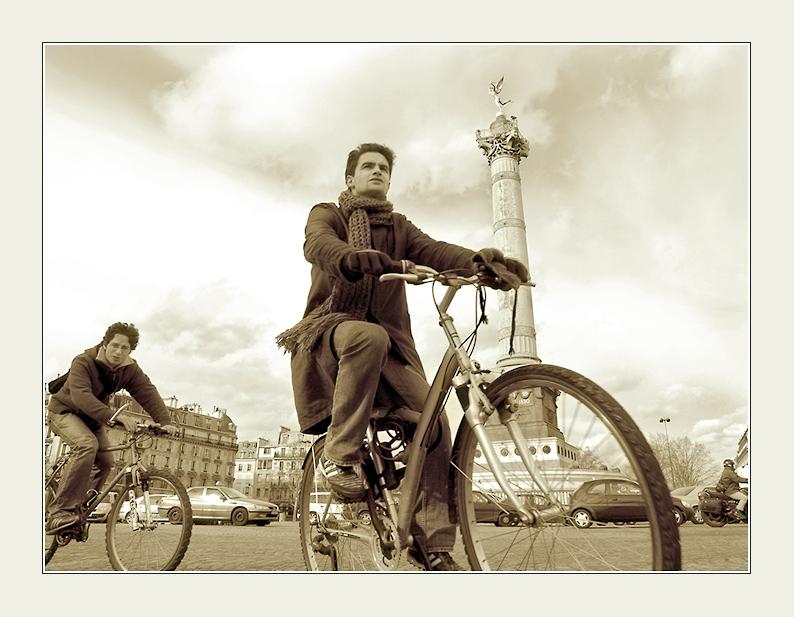"фото ""Place de la Bastille"" метки: ,"