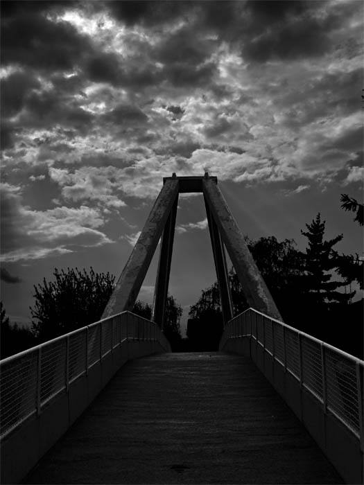 "photo ""The Bridge"" tags: architecture, landscape, clouds"