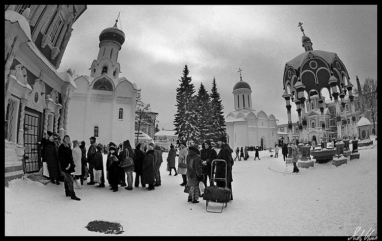 "photo ""St. Sergius Lavra"" tags: architecture, black&white, landscape,"