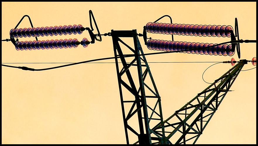 "photo ""High-voltage art"" tags: misc.,"