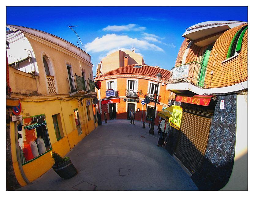 """photo """"una ciudad abierta"""" tags: misc.,"""
