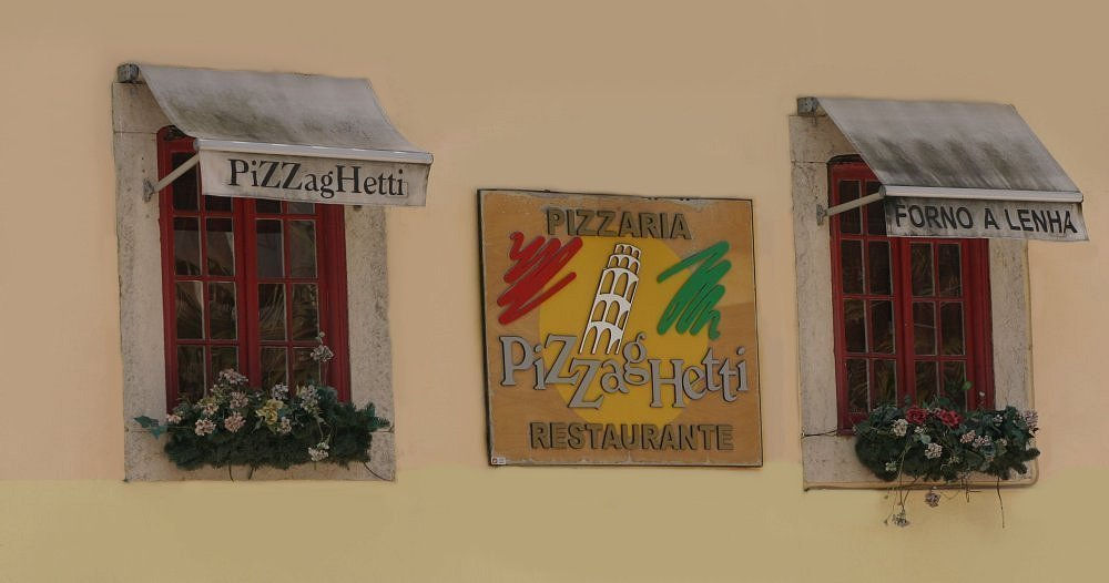 "photo ""PizzagHetti"" tags: architecture, landscape,"