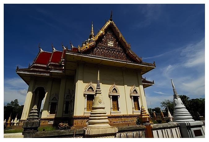 "photo ""Wat Salanard (Temple)"" tags: architecture, travel, landscape, Asia"