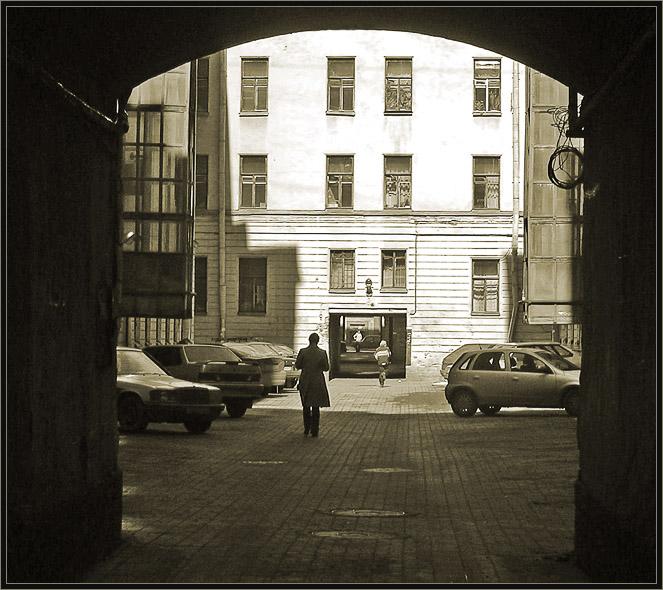 "photo ""Double-exit courtyards"" tags: architecture, landscape,"