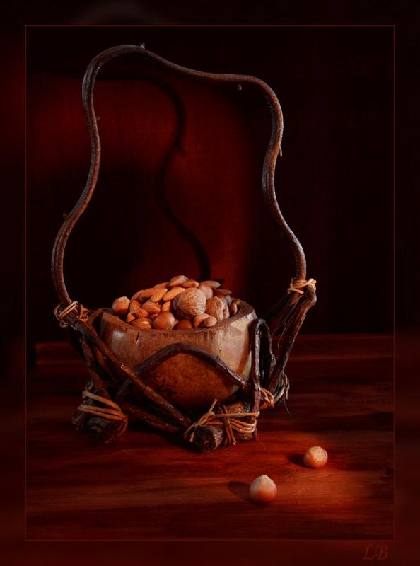 "фото ""Ореховое лукошко"" метки: натюрморт,"