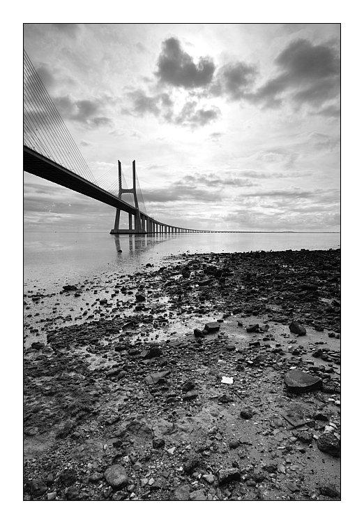 "photo ""Bridge (BW)"" tags: landscape, architecture,"