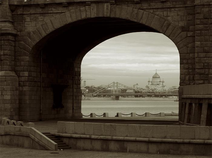 """photo """"sunday morning"""" tags: architecture, black&white, landscape,"""