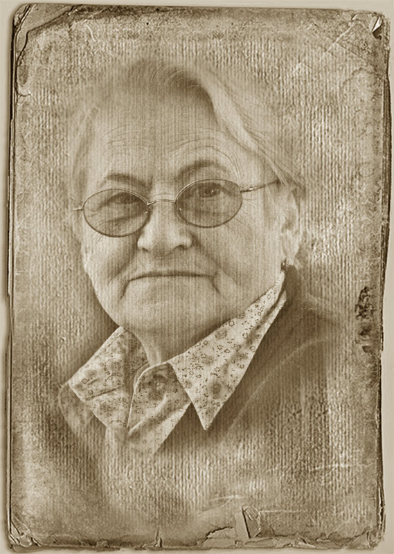 "photo ""***"" tags: portrait, old-time, woman"