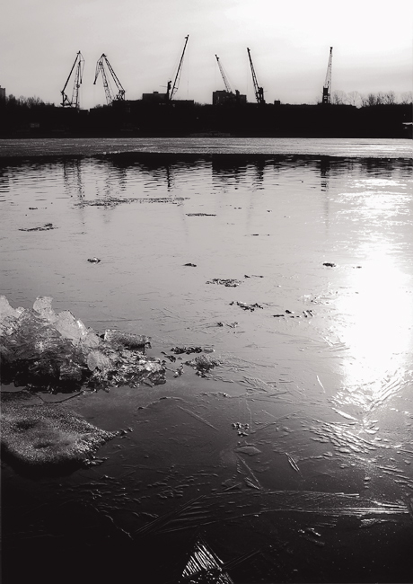 "photo ""calling up spring"" tags: landscape, black&white, water"