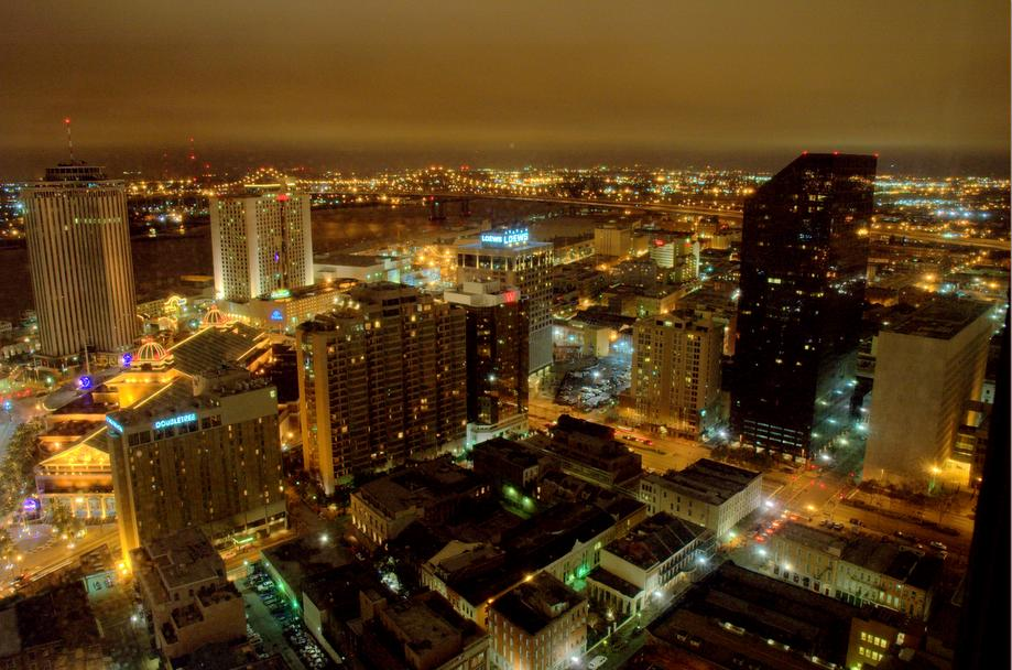 "photo ""New Orleans"" tags: architecture, landscape, night"