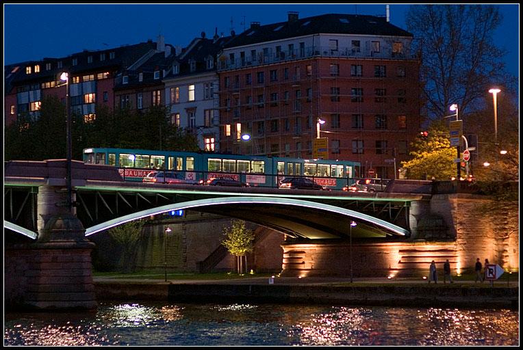 "photo ""Frankfurt night"" tags: travel, architecture, landscape, Europe"