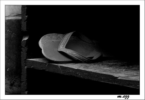 "photo ""ShbShb"" tags: still life, black&white,"