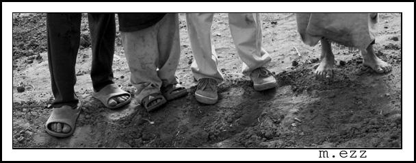 "photo ""Legs"" tags: panoramic, black&white,"
