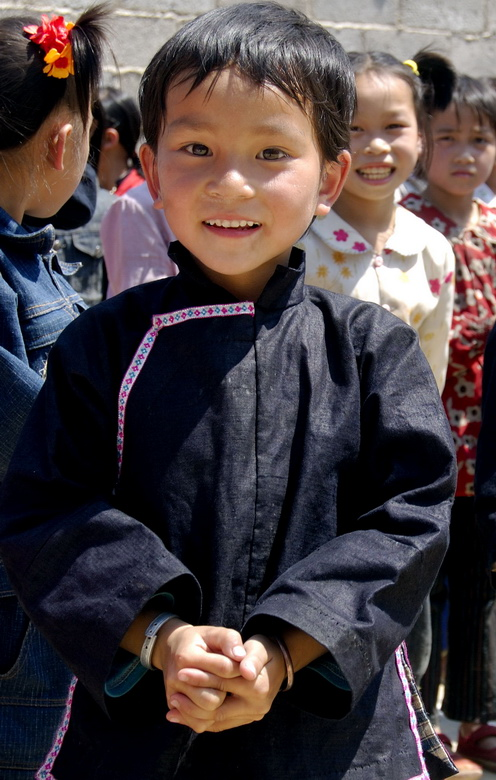"photo ""lovely child"" tags: portrait, travel, Asia, children"