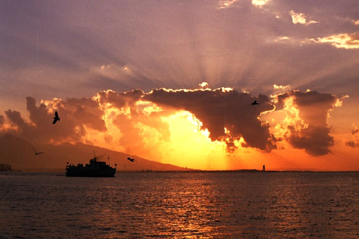"photo ""Sundawn in izmir bay"" tags: landscape, sunset"