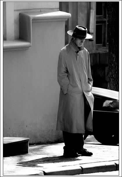 "photo ""man without rain"" tags: portrait, black&white, man"