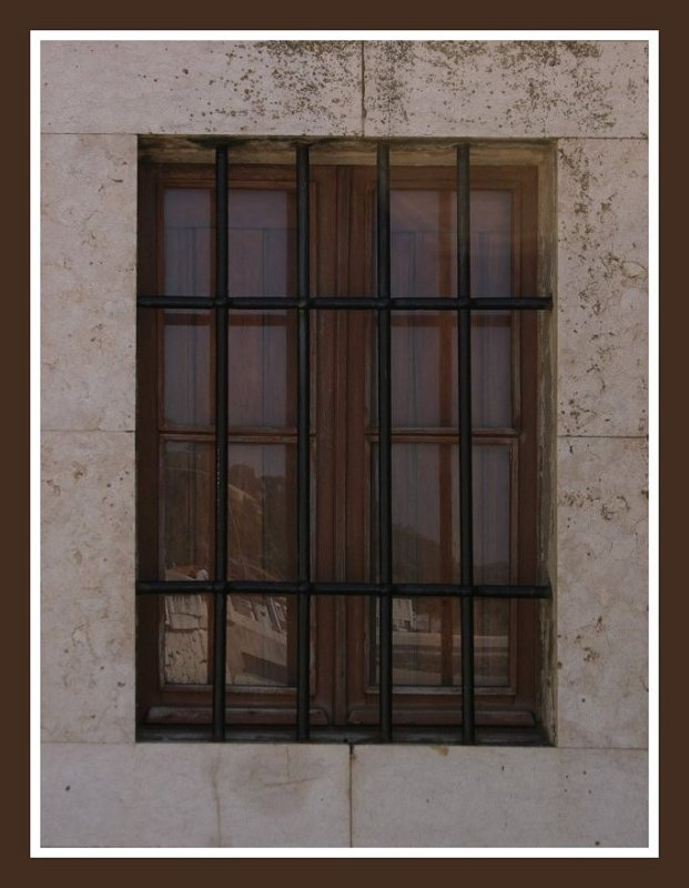"photo ""Reflections on the window"" tags: architecture, landscape,"