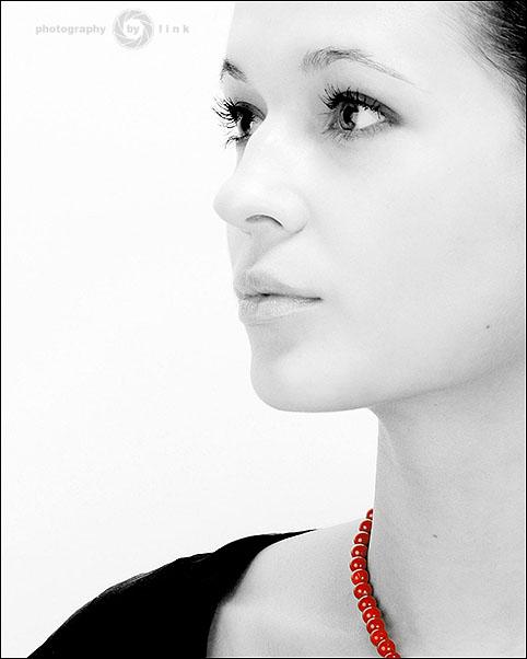 """фото """"Рябиновые бусы"""" метки: портрет, женщина"""