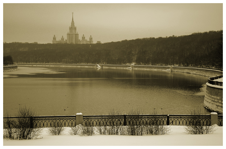 "photo ""moscow university"" tags: architecture, landscape, winter"