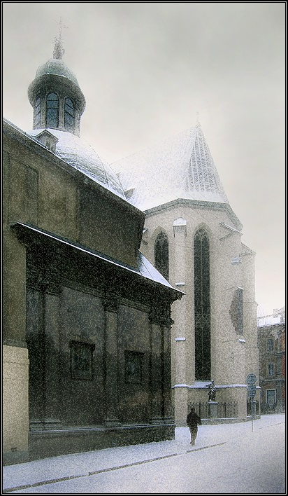 "photo ""The Lvov covered by a snow # 3"" tags: architecture, landscape, winter"