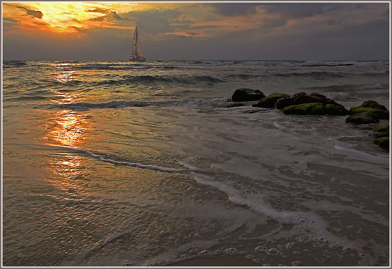 "photo ""Golden Sea"" tags: landscape, sunset"