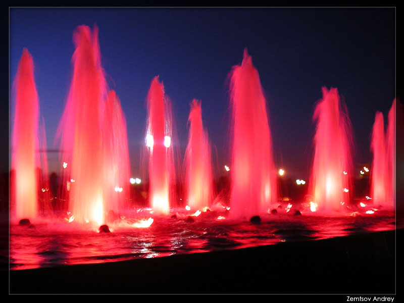 "photo ""Fountain."" tags: landscape, still life, night"