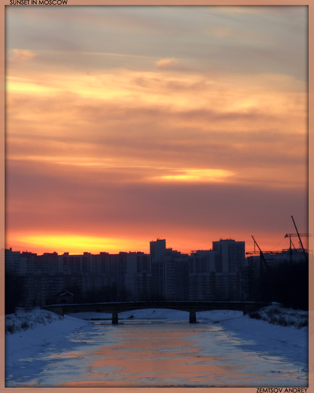 "photo ""City sunset."" tags: landscape, sunset, winter"