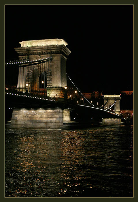 "photo ""bridge in night"" tags: landscape, travel, Europe, night"