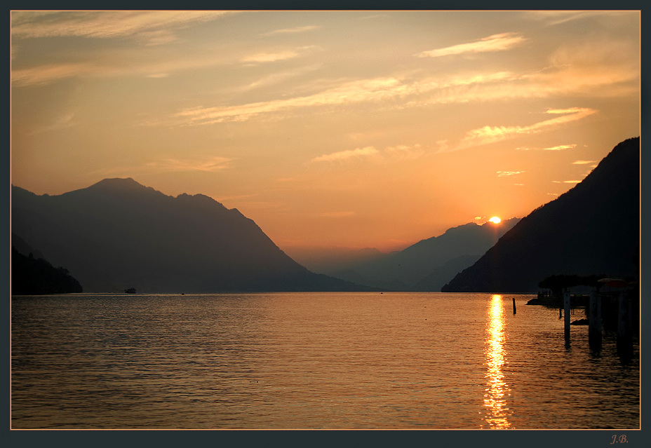 """фото """"Закат на озерной  воде..."""" метки: ,"""