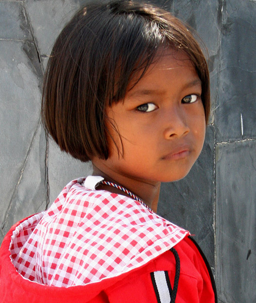 "photo ""small girl"" tags: portrait, travel, Asia, children"