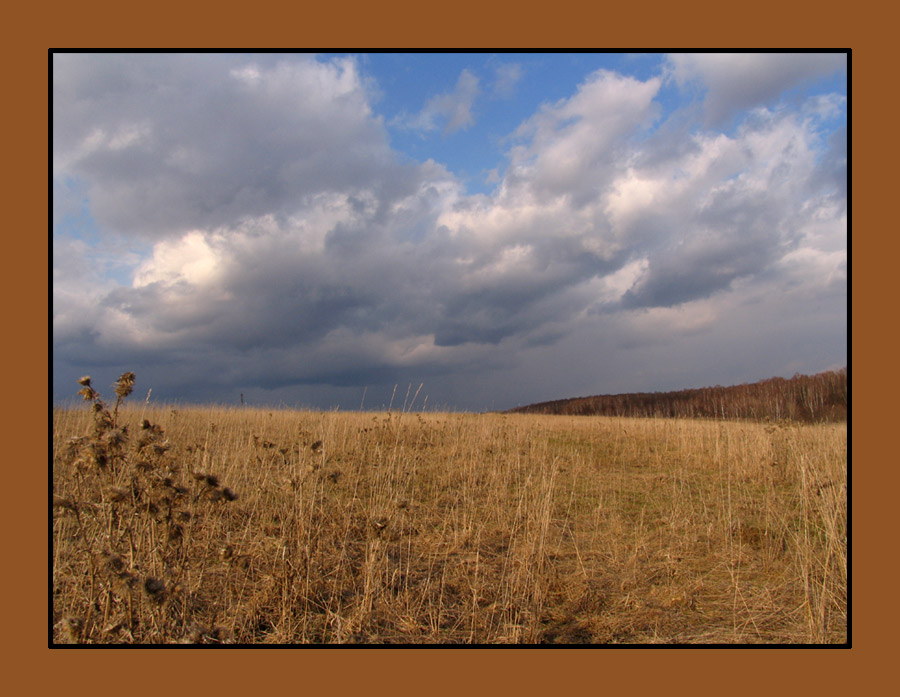 "photo ""before the first spring rain"" tags: landscape, clouds"