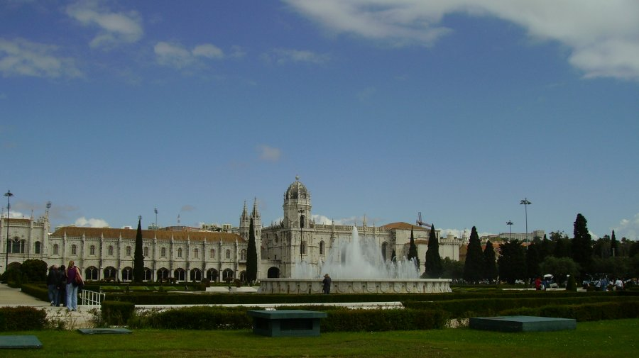 "photo ""Jeronimos monastery II"" tags: architecture, landscape,"